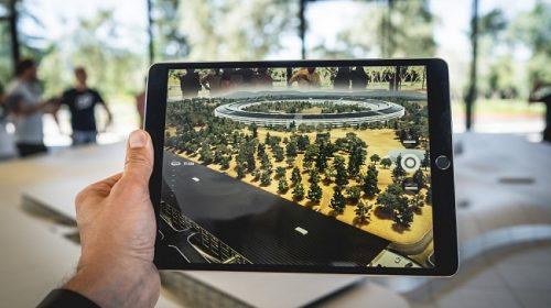 augmented-reality-unsplash_650x